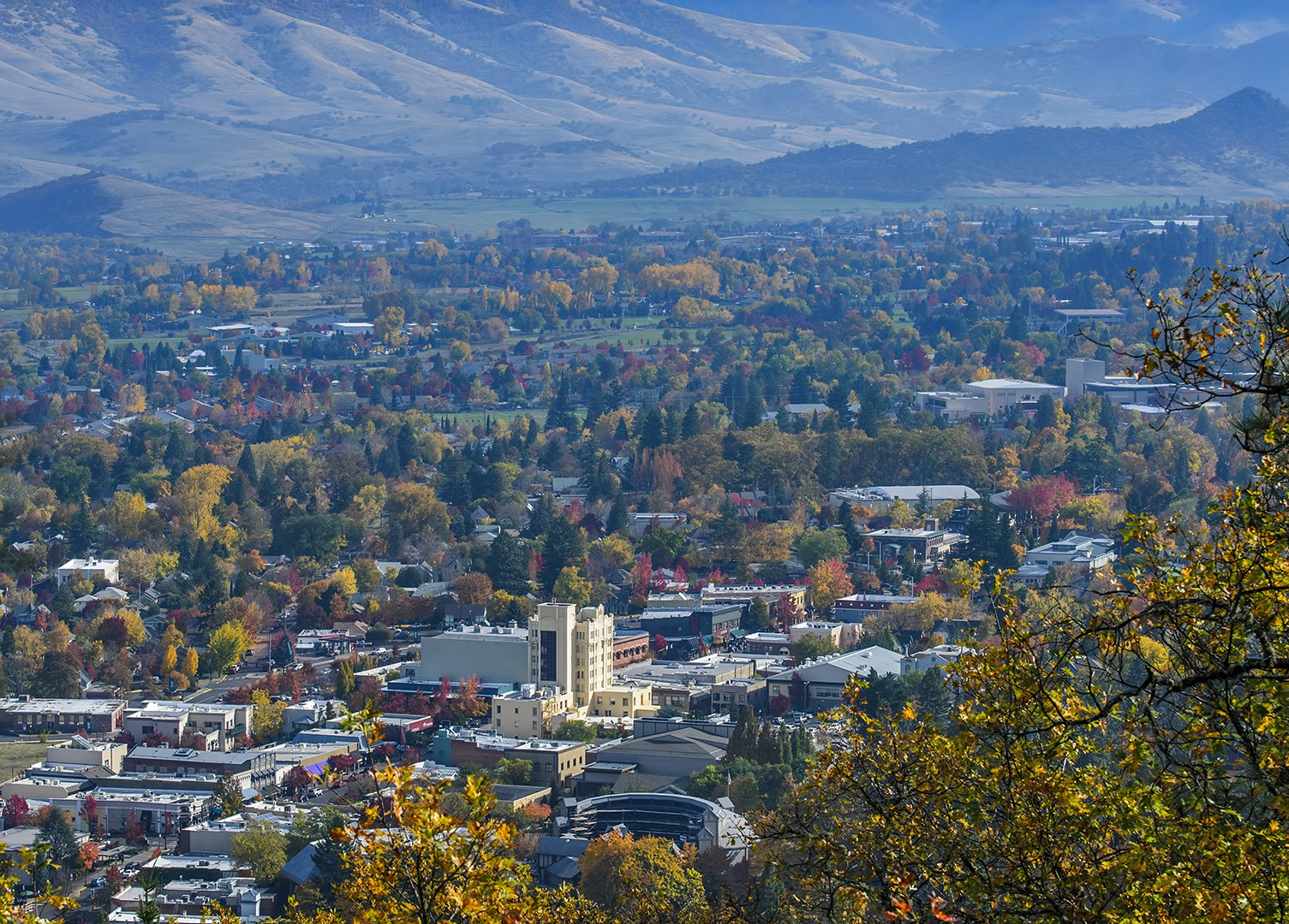 Ashland in Autumn from Hald-Strawberry Park